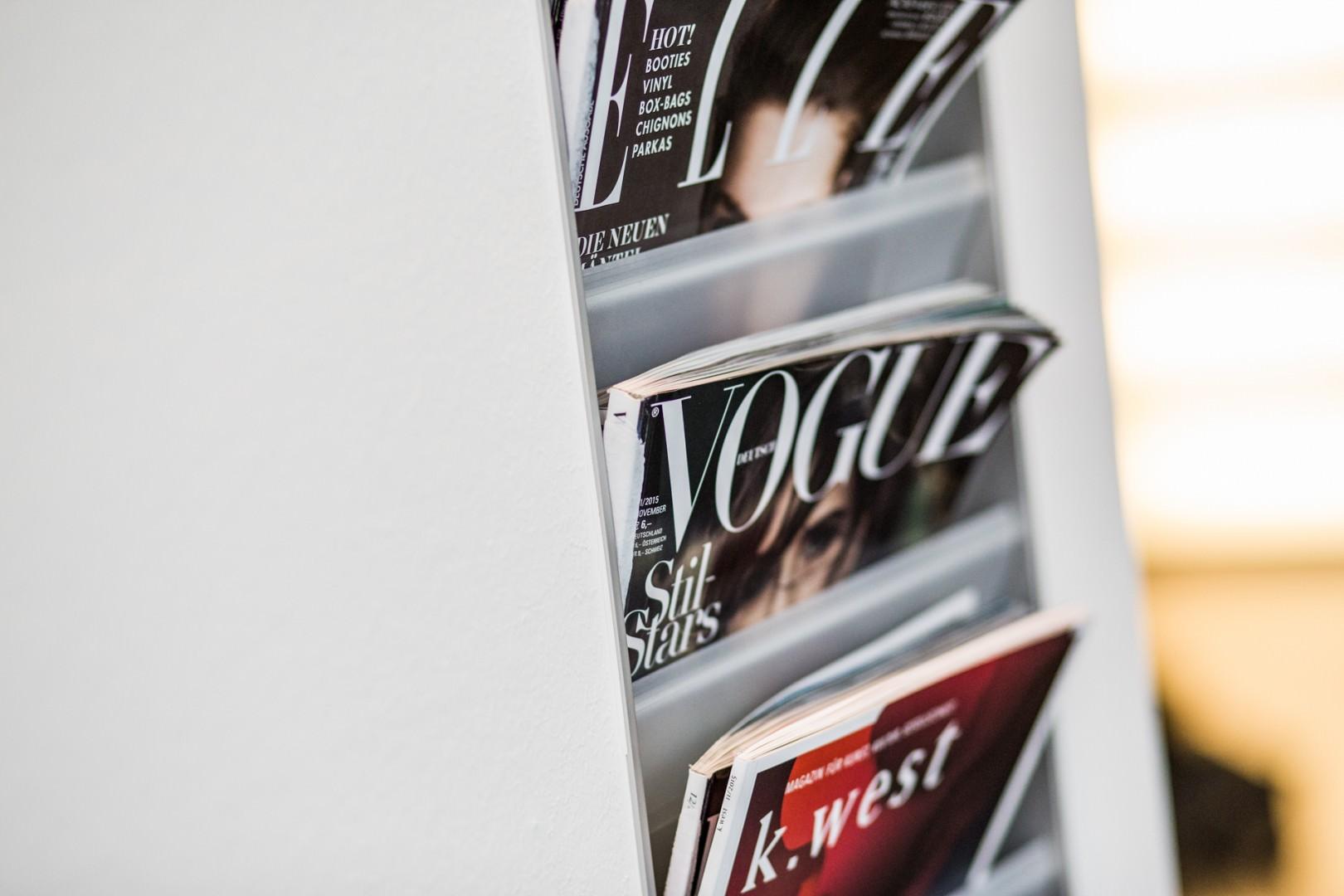 Foto der Zeitschriften im Wartezimmer