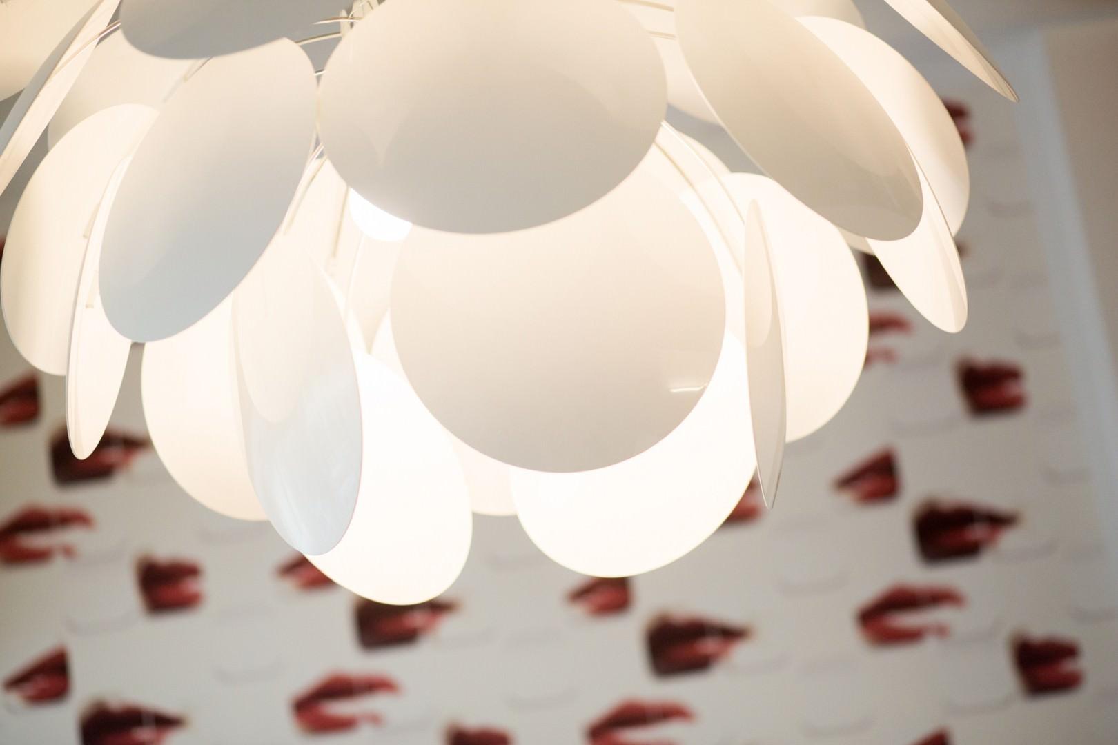 Deckenlampe in der Zahnmanufaktur