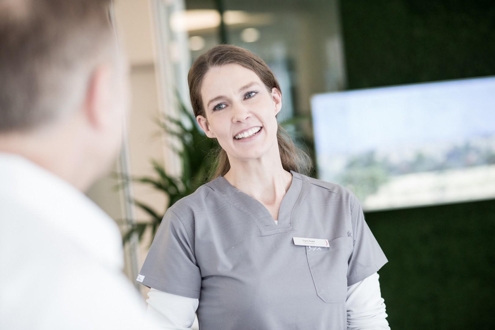 Foto von Signe Deyke mit Patient