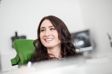 Zahnkultur Köln: Patientin in der Behandlung