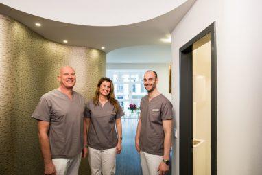 Zahnarzt Köln - Dr. Schneider, Dr. Rasche und Dr. Bechtold im Zentrum für Parodontologie und Prophylaxe in Köln