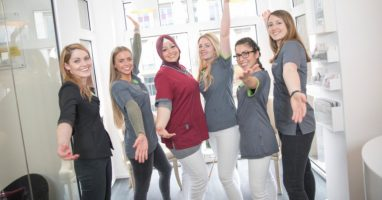 Job Zahnarzt Allgemeinmedizin (m/w/d) in Köln - Das Team unserer Zahnarztpraxis freut sich auf Sie!