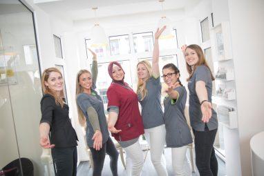 Job für ZFA in Köln - Das Team unserer Zahnarztpraxis freut sich auf dich!