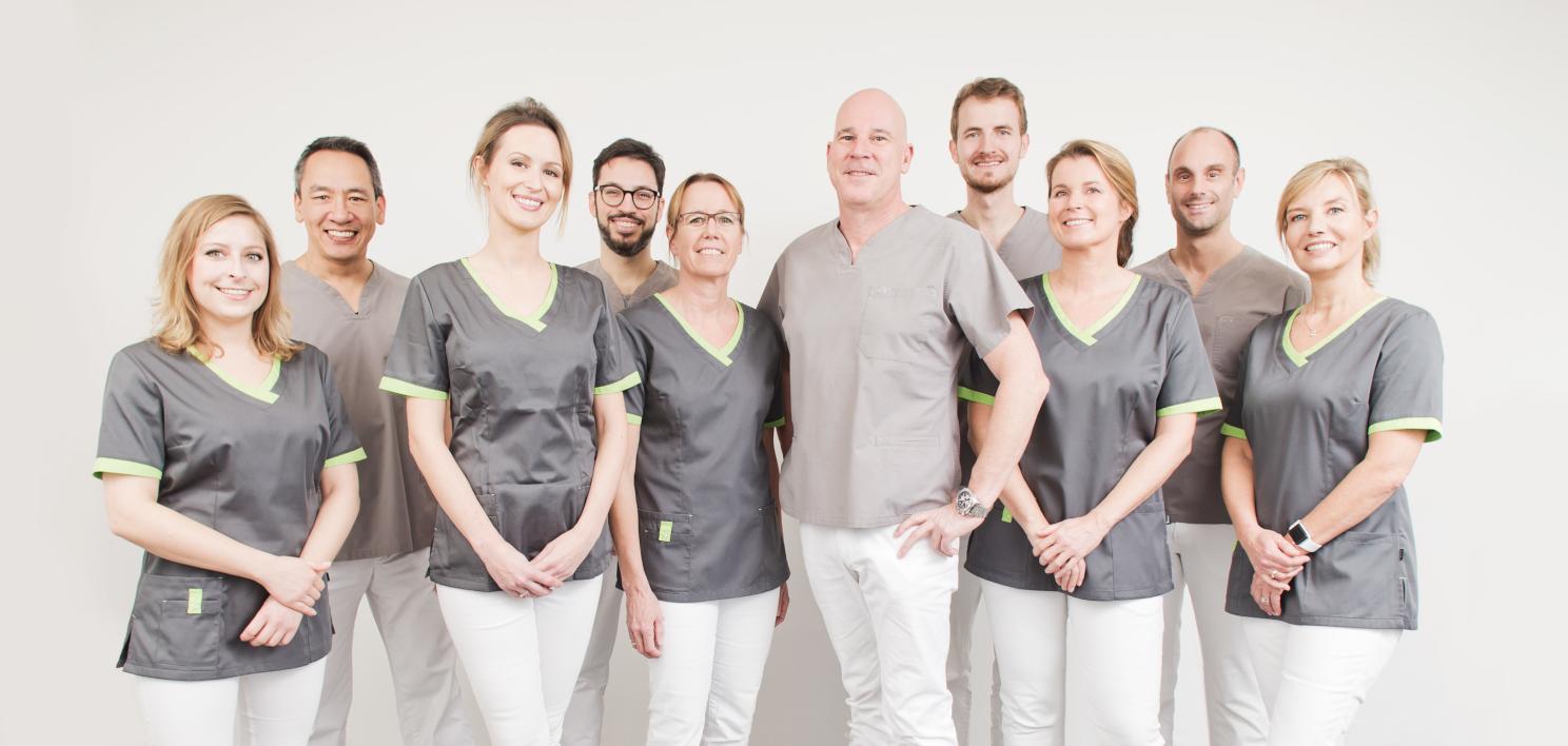 Ihr Zahnärzte-Team bei ZAHNKULTUR) in Köln